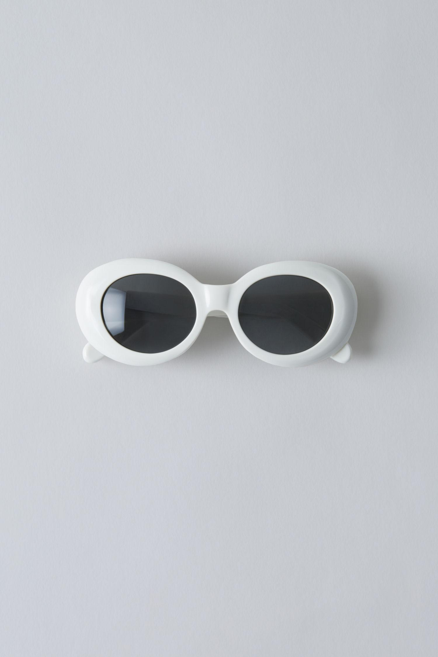Acne Studios Mustang Oval Acetate Sunglasses In Off White/b