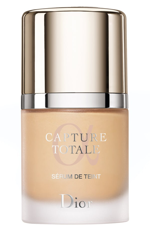 Dior Capture Totale Triple Correcting Serum Foundation In 021 Linen