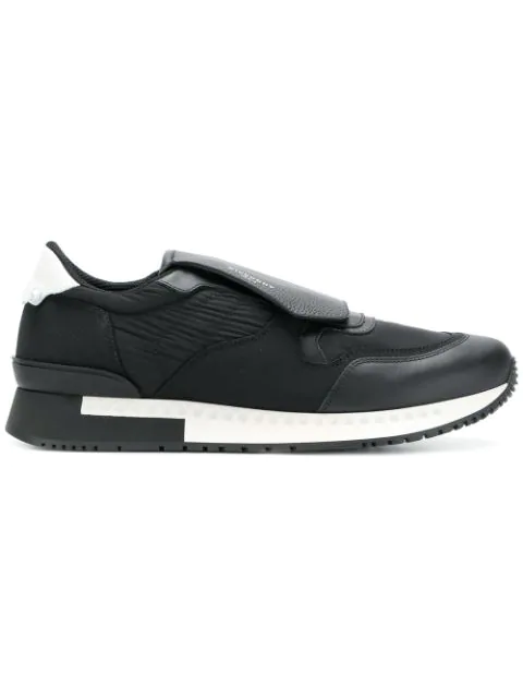 Givenchy Active Runner White Leather Sneakers In Black