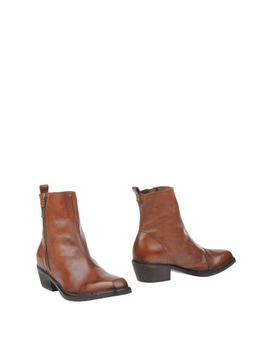 Diesel Ankle Boots In Brown