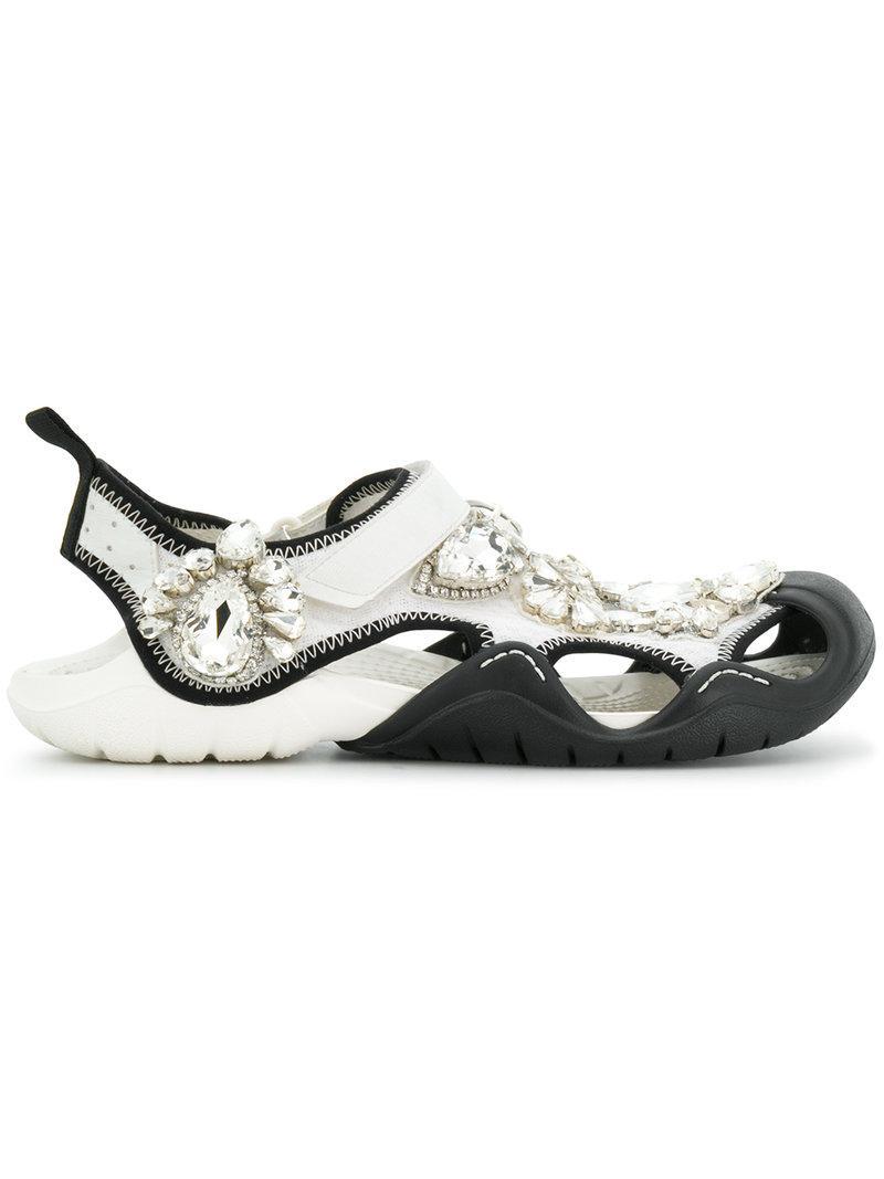 b9b9723b953e9 Christopher Kane Crystal Swiftwater Crocs - White