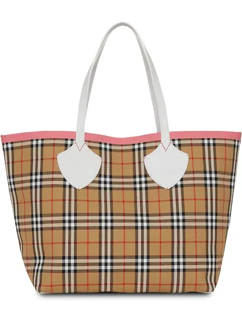 Burberry The Giant Reversible Tote In Vintage Check In Multicolour