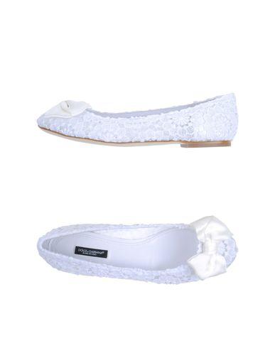Dolce & Gabbana Ballet Flats In White