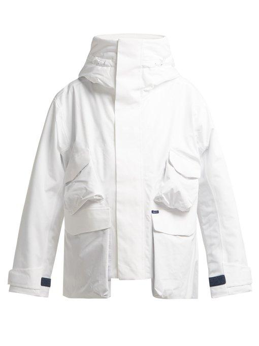 A.A. Spectrum Travel Lightweight Padded Jacket In White
