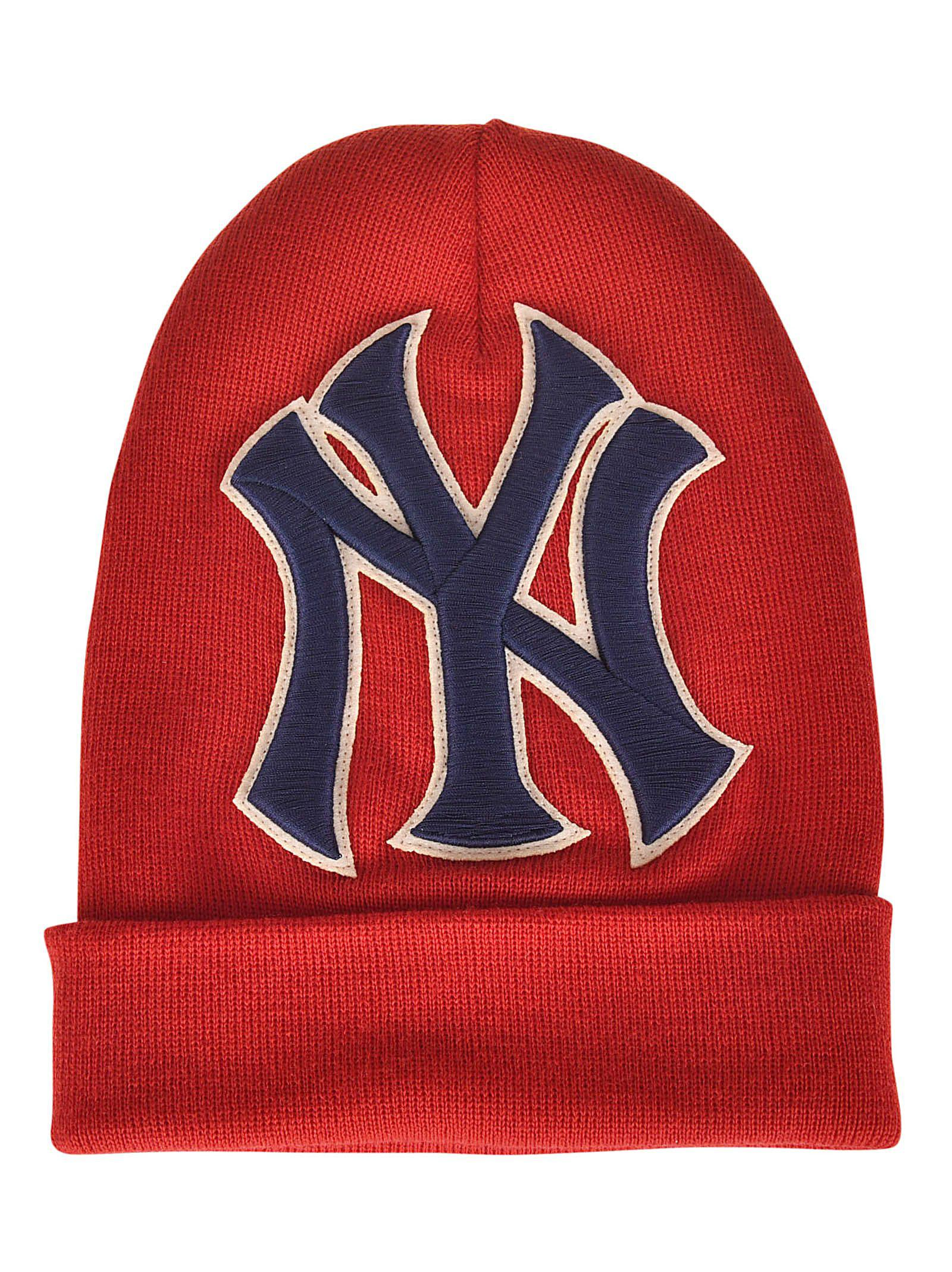 ec6aa0ddc4e Gucci Men s New York Yankees Mlb Patch Beanie Hat In Red
