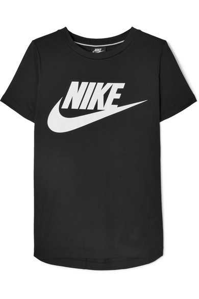 Nike Sportswear Essential Logo T-shirt In Black