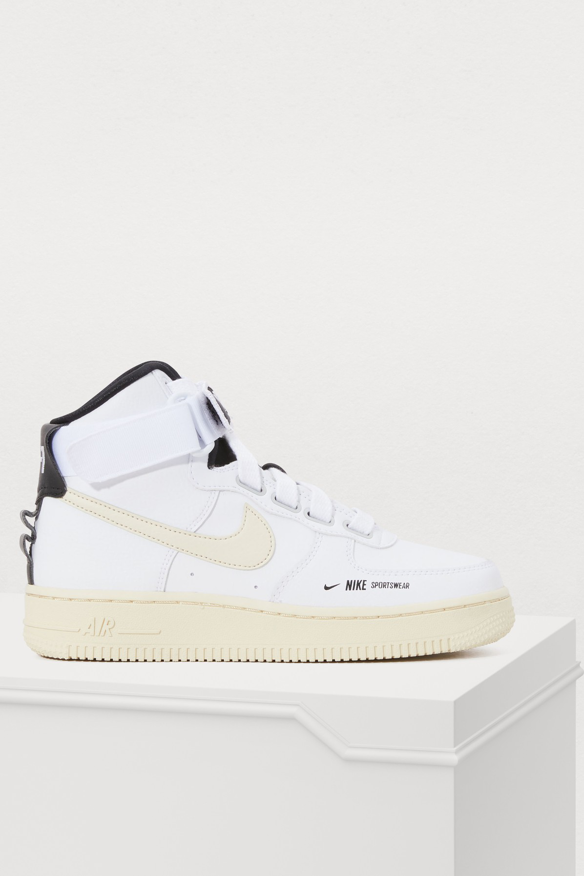 6fa65dc344f8 Nike Women s Air Force 1 High Utility Casual Shoes