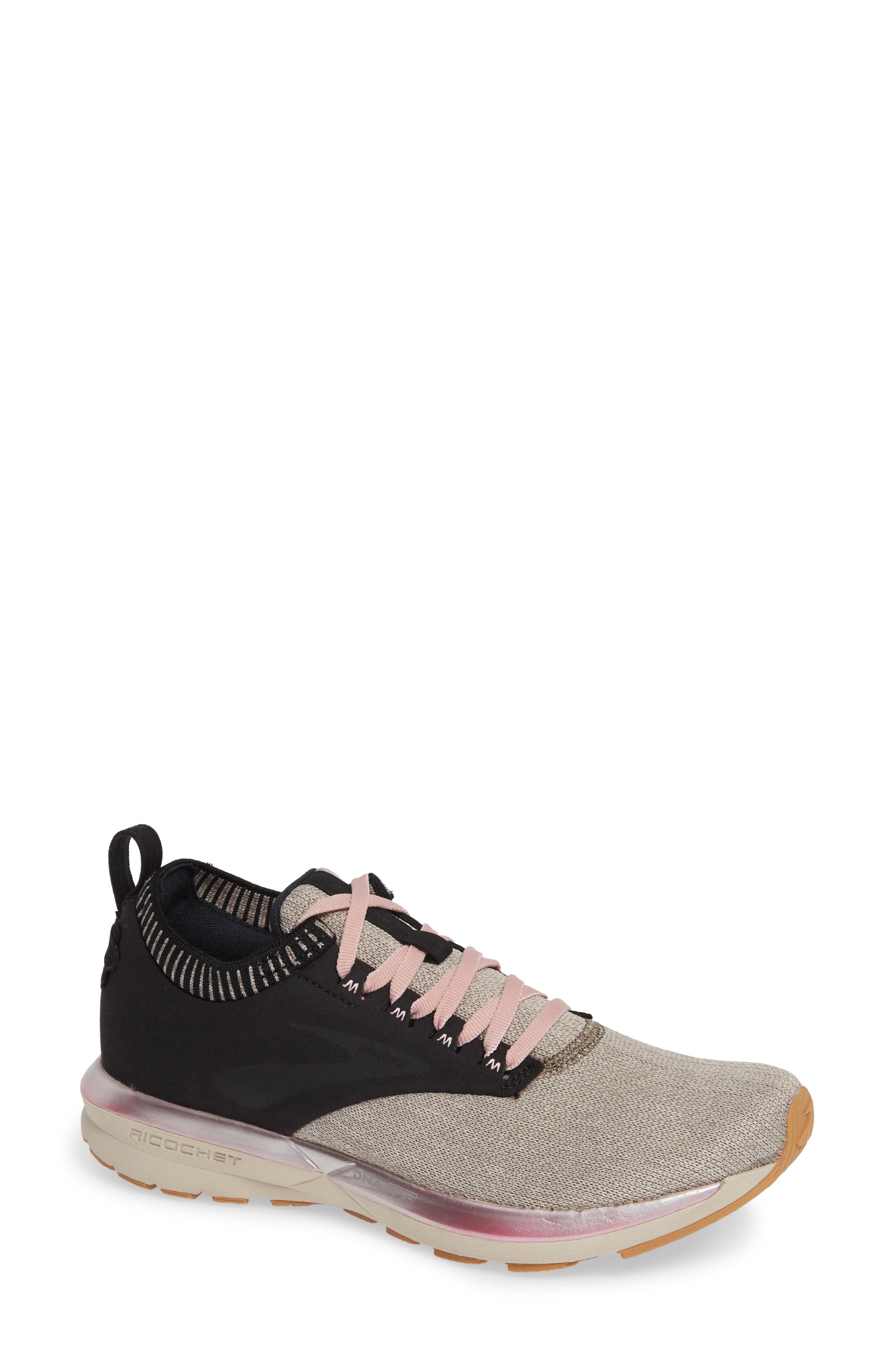 Brooks Women's Ricochet Le Running Shoes, Black