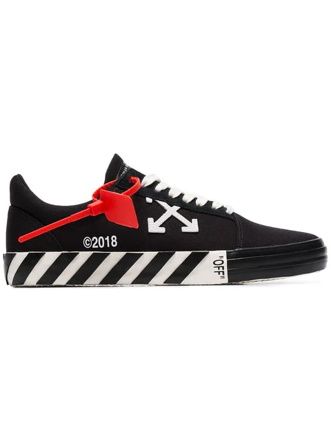 Off-white Logo-appliquÉd Full-grain Leather Sneakers In 1001 Blkwht