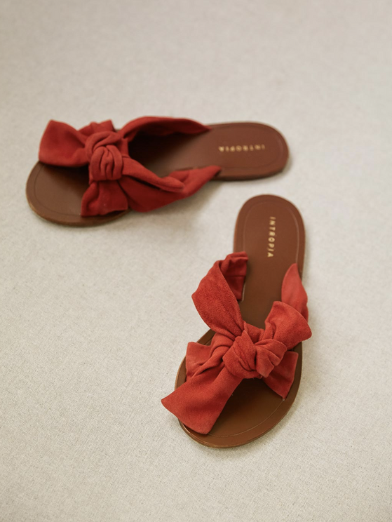 Intropia Bow Suede Sandal In Paprika In Red