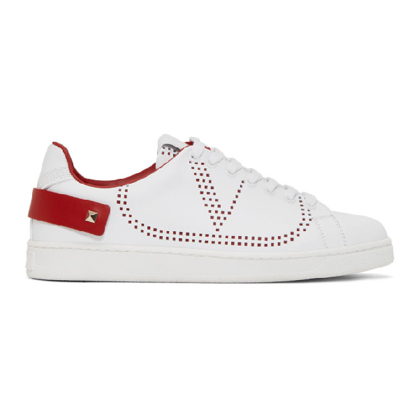 Valentino Garavani Backnet Sneakers In White And Red With Perforated Logo In Ds5 Bi Roug