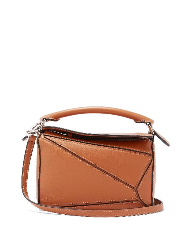 Loewe Puzzle Medium Grained-leather Cross-body Bag In 2530 Tan
