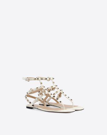 Valentino Garavani Rockstud Flip Flop Sandal In Calfskin Leather In Light Ivory