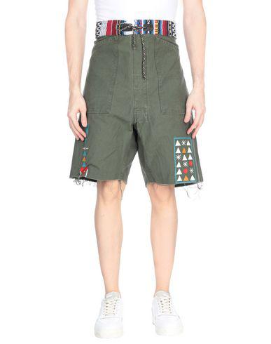Htc Shorts & Bermuda In Military Green