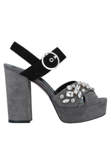 Carpe Diem Sandals In Grey