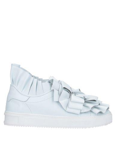 Pokemaoke Sneakers In White