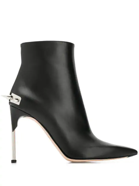 Alexander Mcqueen 100 Black Studded Leather Ankle Boots