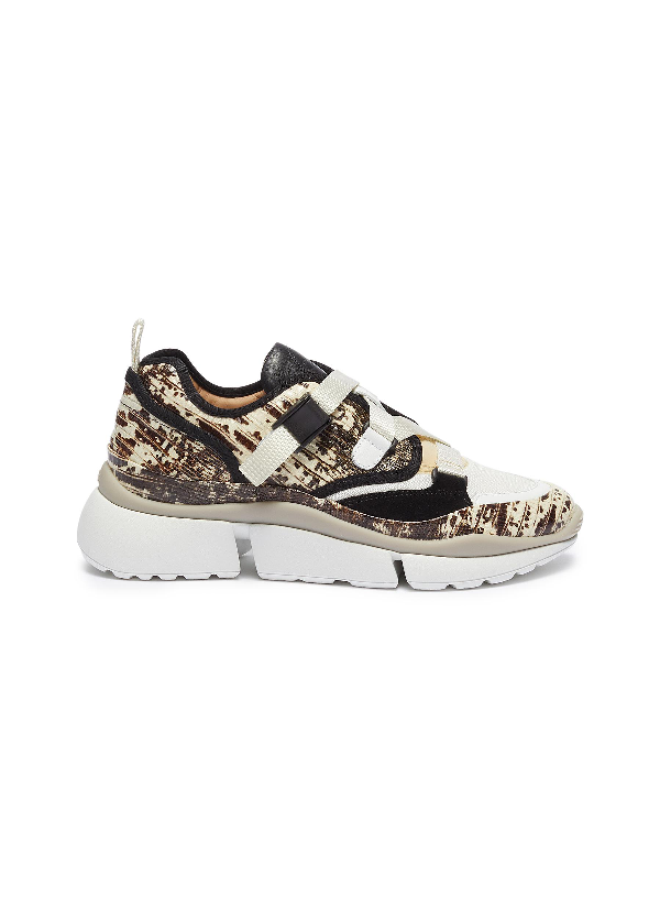 ChloÉ 'sonnie' Chunky Outsole Low Top Lizard Embossed Patchwork Sneakers In 091 Eternal Grey
