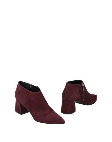 8 By Yoox Ankle Boot In Maroon