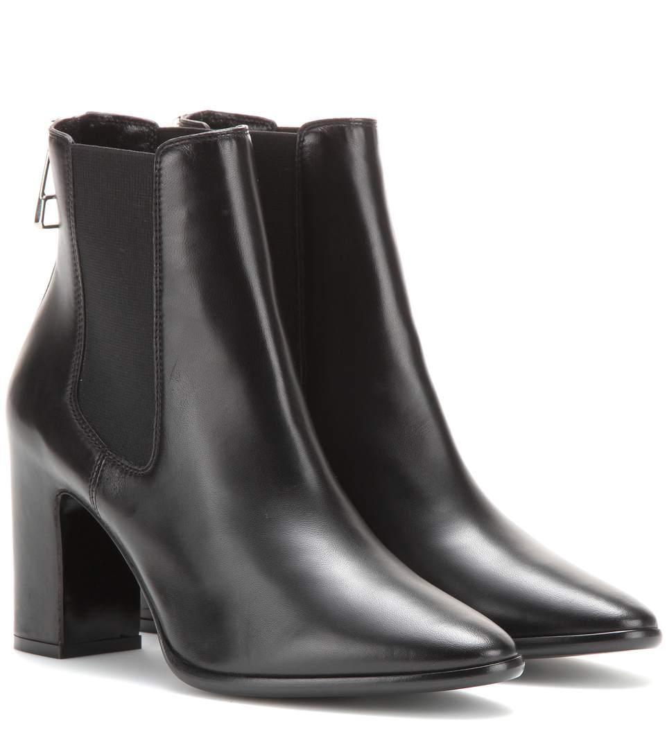 Balenciaga Leather Block-heel Ankle Boots, Black In Eoir