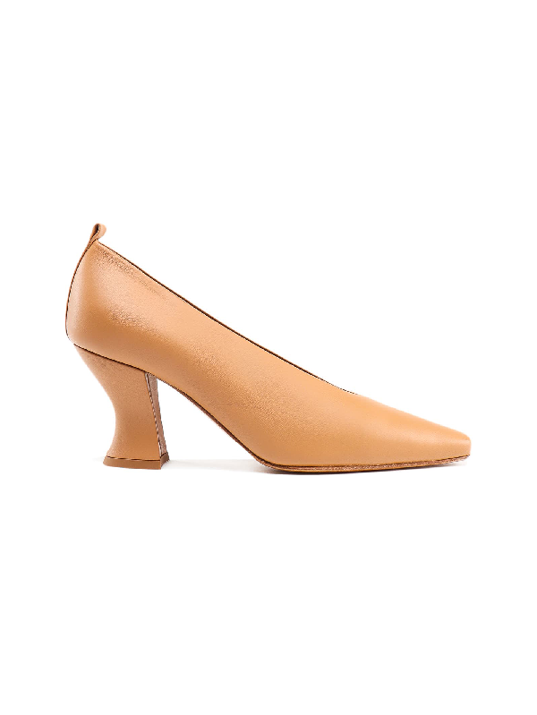 Bottega Veneta Curved Heel Pumps In Nude