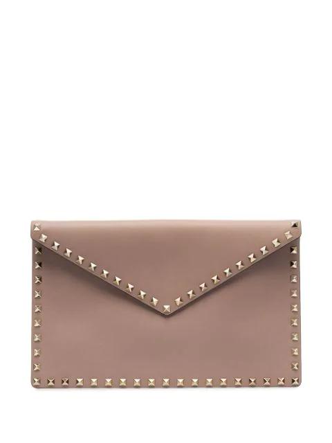 Valentino Garavani Rockstud Envelope Clutch In Pink