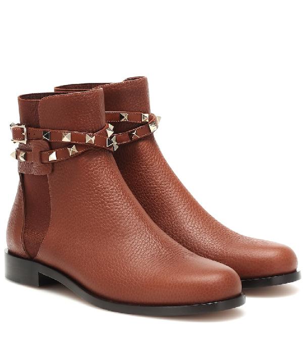 Valentino Garavani 20mm Rockstud Grained Leather Boots In Black