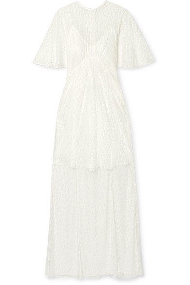 Les Rêveries Lace Gown In White