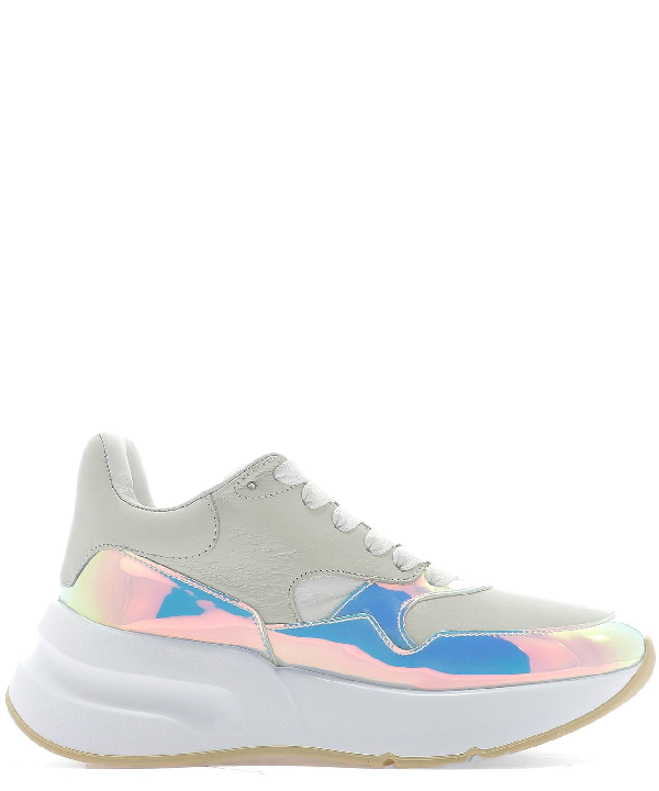 Alexander Mcqueen Smooth And Iridescent Leather Exaggerated-Sole Sneakers In 9092 Cream Pink Mirror