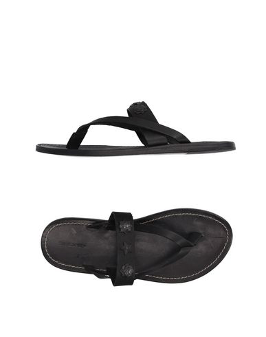 Dsquared2 Flip Flops In Black