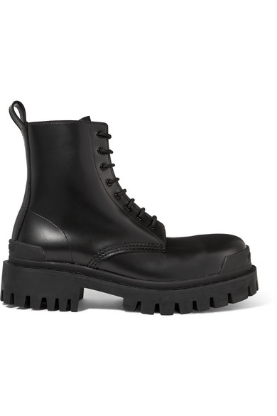Balenciaga Strike Exaggerated-sole Leather Boots In Black