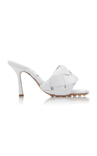 Bottega Veneta Bv Lido Intrecciato-woven Leather Sandals In White