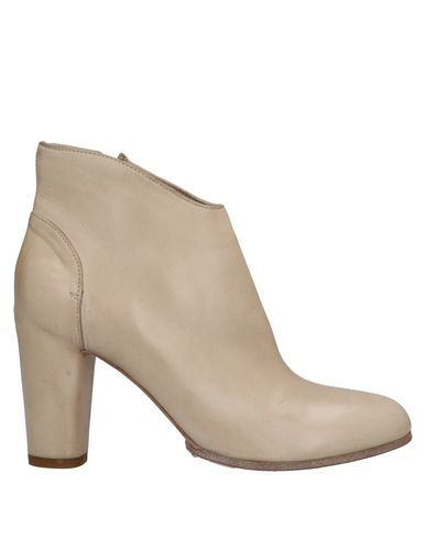 Pomme D'or Ankle Boot In Beige