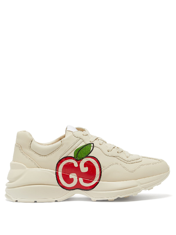 Gucci White Rhyton Apple Print Leather Sneakers In 9522 Ivory