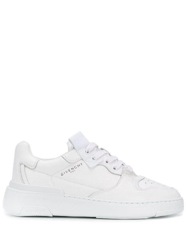 Givenchy Wing Grained-leather Low-top Trainers In White