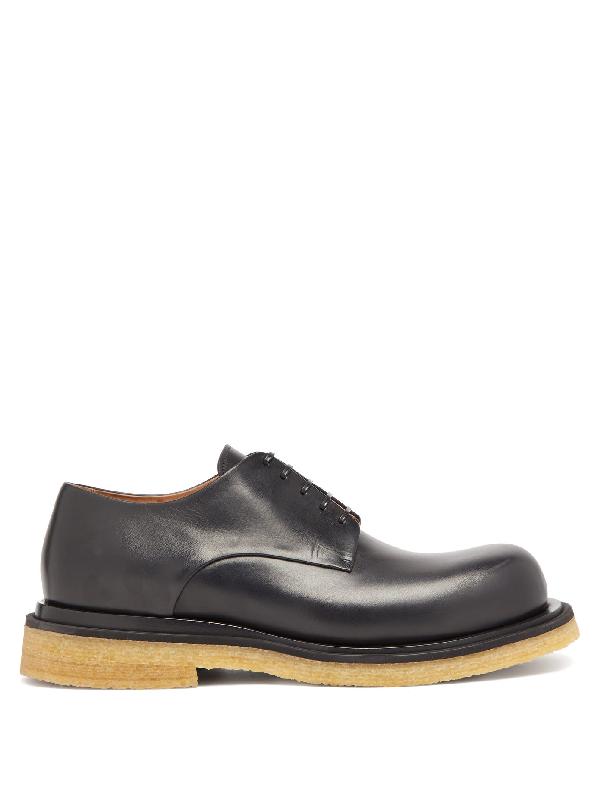 Bottega Veneta Storm Leather Derby Shoes In Black