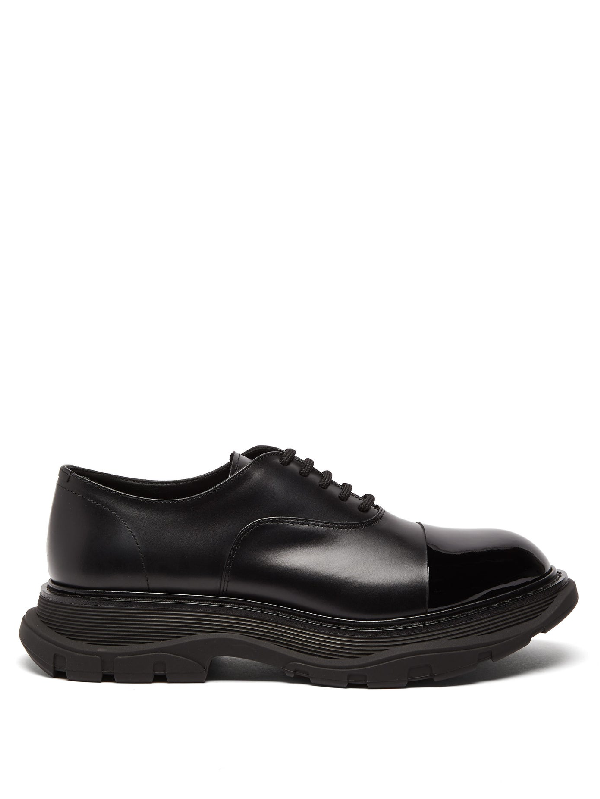 Alexander Mcqueen Cap-toe Smooth And Patent-leather Derby Shoes In 1000 Black