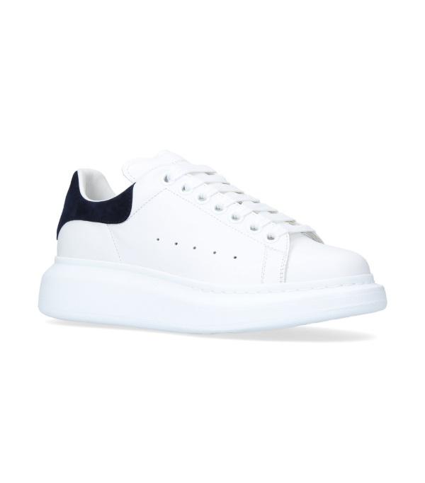 Alexander Mcqueen Low-top Sneakers Larry  Calfskin Logo Black White In White/black