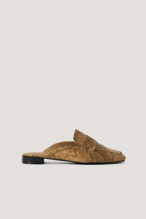 Na-kd Reptile Slip In Loafers Brown In Camel