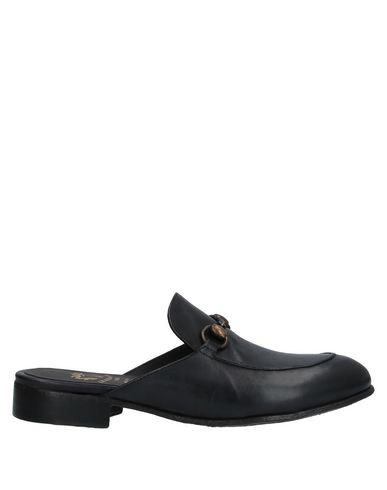 Le Ruemarcel Mules And Clogs In Black