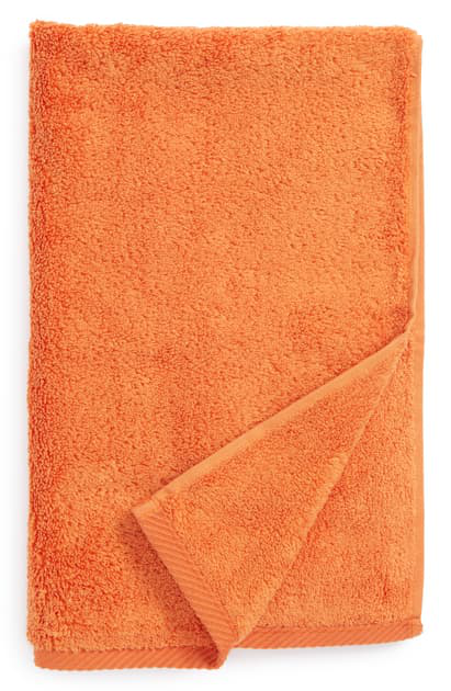 Matouk Milagro Hand Towel In Saffron
