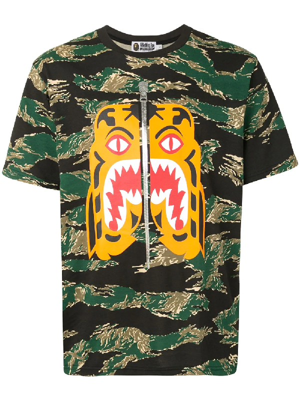 Bape Camouflage Print T-shirt In Green