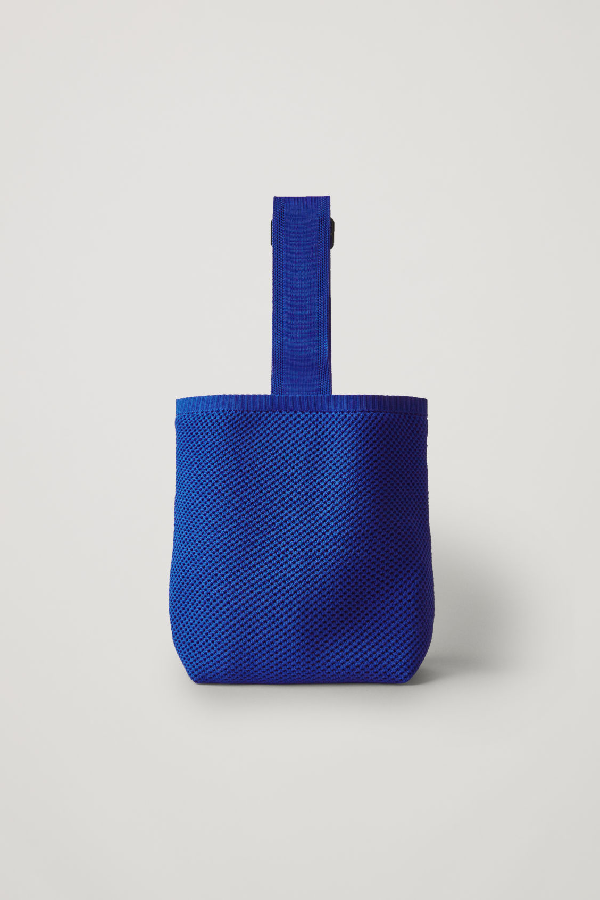 Cos Knitted Basket Bag In Blue