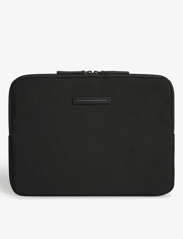 "Horizn Studios Koenji Laptop Case 13"" In All Black"