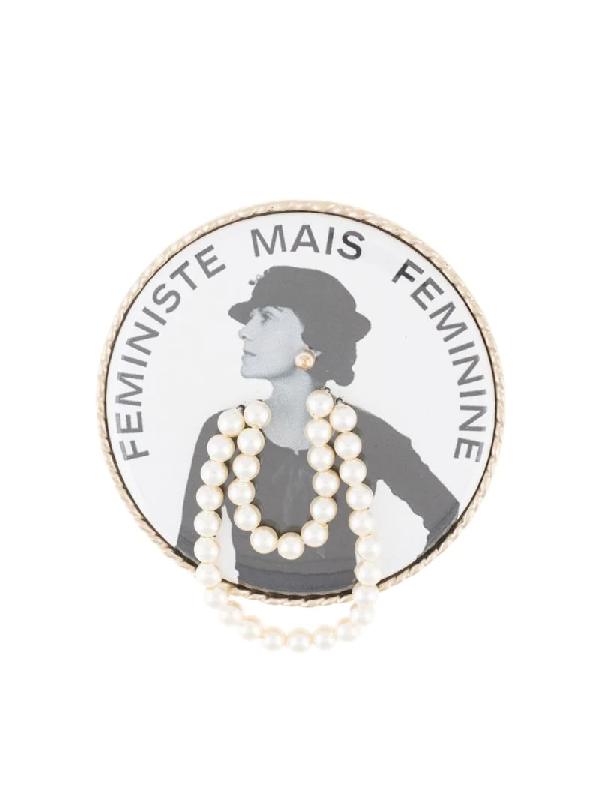 Chanel Feministe Mais Feminine Imitation Pearl Brooch Pin Corsage In White