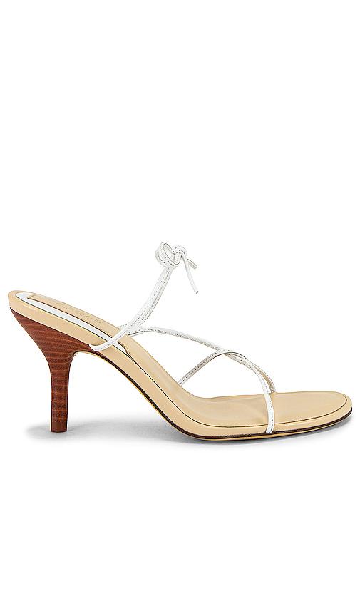 Jaggar String Sandal In White