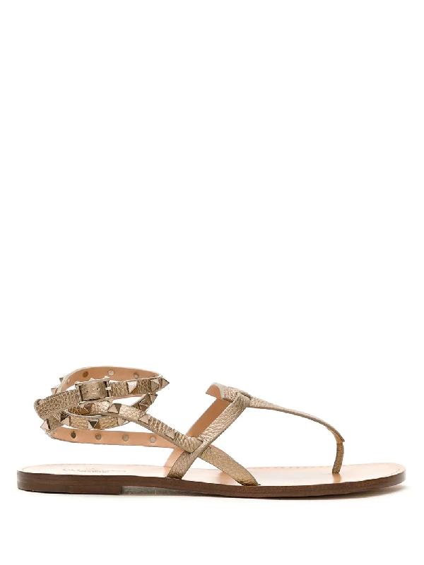 Valentino Garavani Rockstud Double Flip-flop Sandals In Neutrals