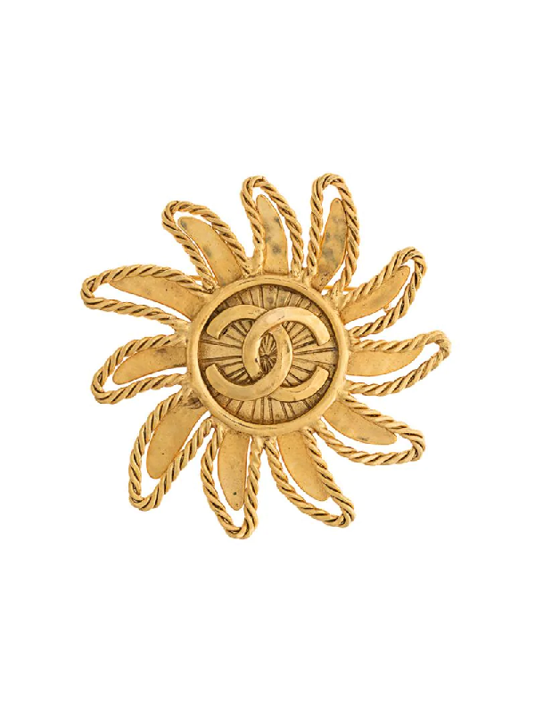 Chanel 1994 Cc Sun Motif Brooch In Gold