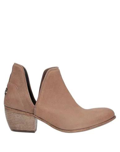 Le Ruemarcel Ankle Boot In Camel