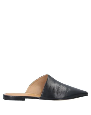 Pomme D'or Mules And Clogs In Black